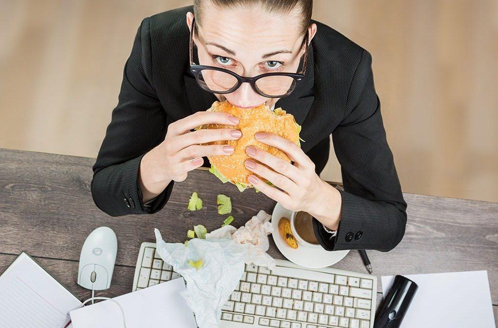 7 cara urus pemakanan untuk orang yang sibuk bekerja